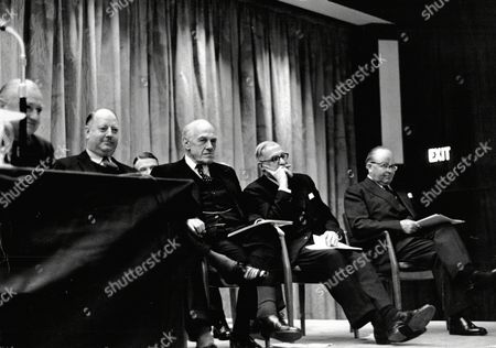 Ici Shareholders' Meeting. Shows Lord Robert Beeching Lord Amery And Lj Robarts.