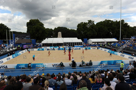 View of the court on Horse Guards Parade during the April Ross and Jennifer Kessy (USA) v Denise Johns and Lucy Boulton (GBR) semi-final