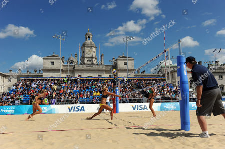 View of the court on Horse Guards Parade during the 2rd place game between Vivian Danielle da Conceicao and Taiana Lima (BRA) v Denise Johns and Lucy Boulton (GBR)