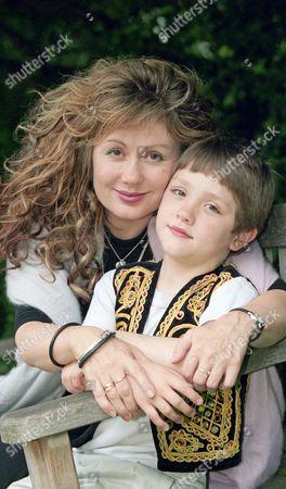 Hetty Baynes and son Rex