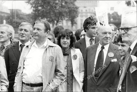 Demonstrations And Protests In London 1979 Actors Protest March L-r Nigel Davenport Hugh Manning Claire Clifford Sir Ralph Richardson John Baron