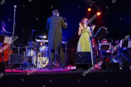 The Matthew Herbert Big Band - Vula Malings
