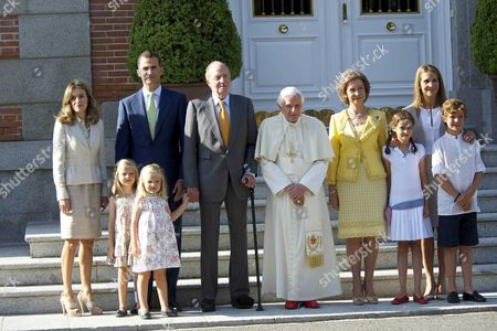 Crown Princess Letizia, Crown Prince Felipe with daughters Princess Leonor and Princess Sofia, King Juan Carlos, Pope Benedict XVI, Queen Sofia and Princess Elena with children Princess Victoria Federica and Prince Felipe Juan Froilan at La Zarzuela Palace