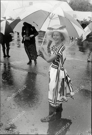 Mrs Hilary Ward At Henley Royal Regatta.