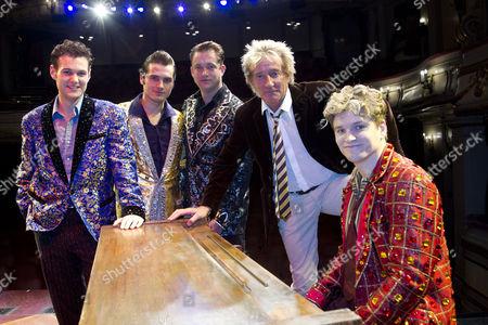 Oliver Seymour-Marsh, Michael Malarkey, Derek Hagen, Rod Stewart and Ben Goddard