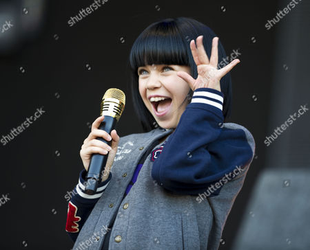 Adrianna Bertola aka 'Mini-Jessie J' joins Jessie J onstage