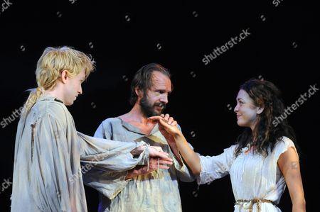 Michael Benz as Ferdinand, Ralph Fiennes as Prospero, Elizabeth Hopper as Miranda
