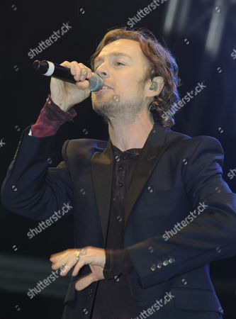 Darren Hayes performs onstage prior to the switch on.