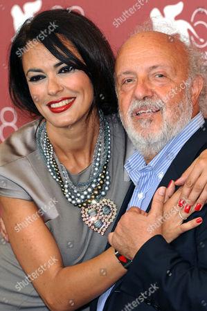 Maria Grazia Cucinotta and Renato Scarpa