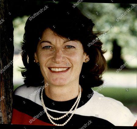Clare Latimer Linked To Prime Minister John Major - 1993 - Affairs / Mistresses