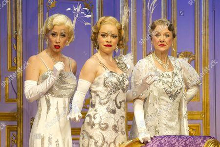 Michelle Bishop (Ladies of the Opera Guild), Jane Quinn (Ladies of the Opera Guild) and Gay Soper (Ladies of the Opera Guild)