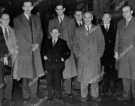 Variety Stars Went To The House Of Commons To Demand That 80% Of Acts Appearing On Commercial Television Be British. (l-r) Maryan Rawicz Frank Muir Wee Georgie Wood Dennis Norden Walter Landauer ? ? And Cyril Fletcher.