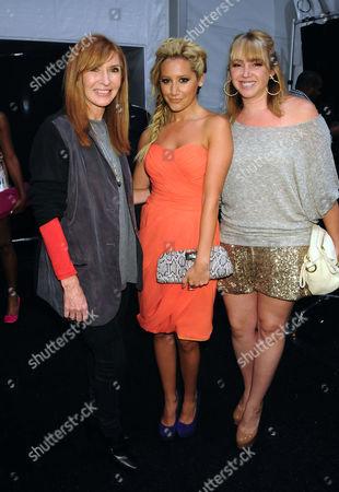 Nicole Miller, Ashley Tisdale, Jennifer Tisdale