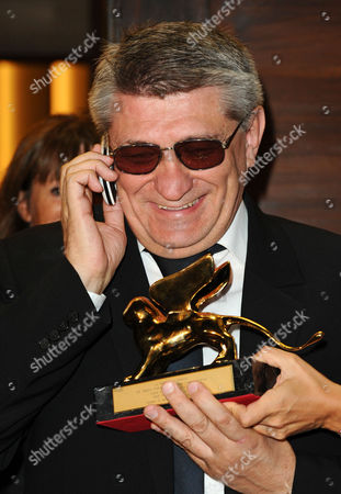 Aleksandr Sokurov with the Golden Lion Award