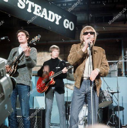 The Yardbirds on 'Ready Steady Go'  - Paul Samwell-Smith, Chris Dreja and Keith Relf
