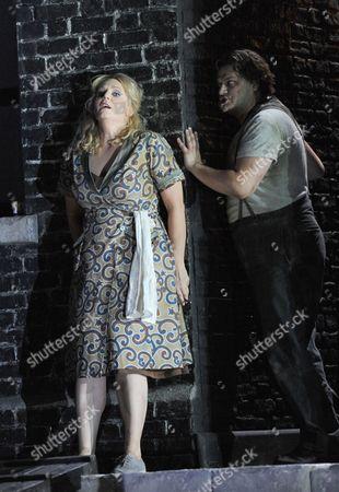 'Il Tabarro' - Aleksandrs Antonenko as Luigi and Eva-Maria Westbroek as Giorgetta