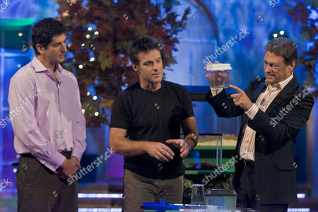 Editorial picture of 'The Alan Titchmarsh Show' TV Programme, London, Britain - 12 Sep 2011