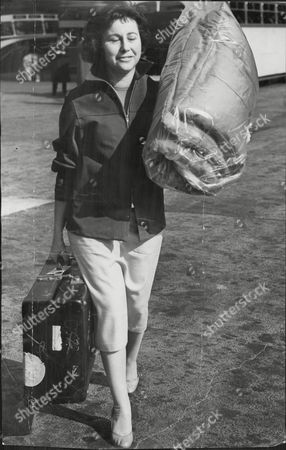 Miss Mary Scott Of Lancaster Gate With Her Sleeping Bag One Of The Passengers On He London To Calcutta Bus Trip