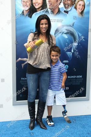 Bahar Soomekh and son Ezra