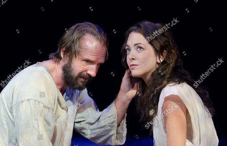 Ralph Fiennes as Prospero and Elisabeth Hopper Miranda