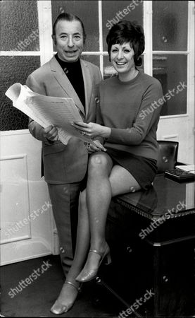 Singer Jeanne Dee Who Is Pictured With Band Leader Joe Loss After She Was Named As His New Singer For His Big Band Tour