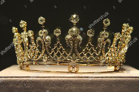 The Mike Todd antique diamond tiara