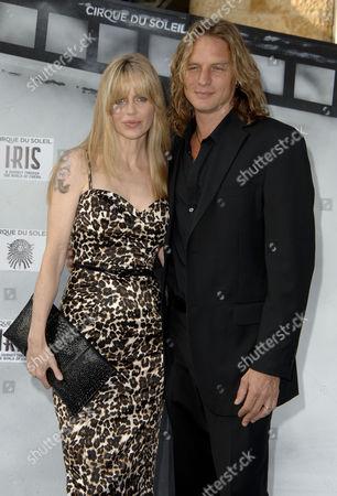 Kristen Bauer and husband Abri van Straten