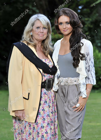 Tracey Dawson Widow Of Comedian Les Dawson With Her Daughter Charlotte At Their Home In Lytham St Annes Lancashire.