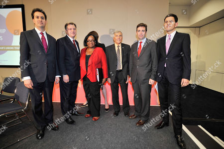 Tuc Annual General Congress At Manchester Central Convention Centre.- Labour Party Leadership Candidates Speak At A Hustings. (l To R) Ed Miliband Ed Balls Diane Abbott Tony Woodley Andy Burnham And David Miliband.
