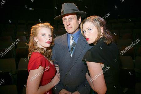 Anna Doolan, Simon Merrells as Philip Marlowe and Samantha Coughlan
