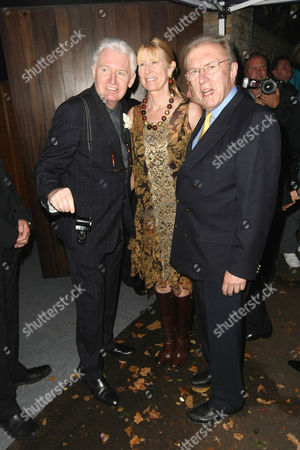 Mike McCartney, Lady Carina Fitzalan-Howard and Sir David Frost