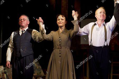 Joe Caffrey (George Brown), Joy Brook (Helen Sutherland) and Ian Kelly (Robert Lyon)
