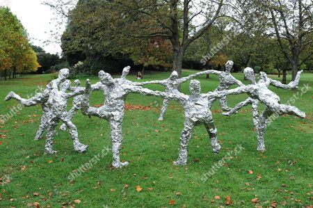 'Circle Dance', 2010, by Tom Friedman