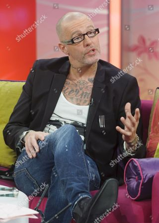 Editorial image of 'Lorraine Live' TV Programme, London, Britain - 13 Oct 2011