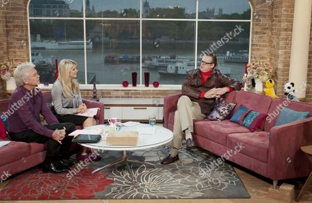 Phillip Schofield and Holly Willoughby with John Shuttleworth with Sweep, Sooty and Soo