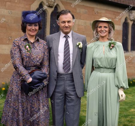 Margaret John as Marion Owen, Kenneth Gilbert as Oliver Banks and Patricia Mort as Sally Banks