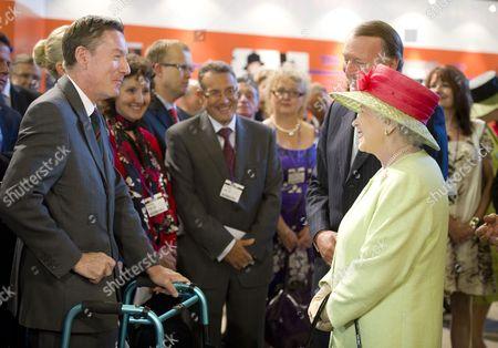 Queen Elizabeth II meets Frank Gardner OBE