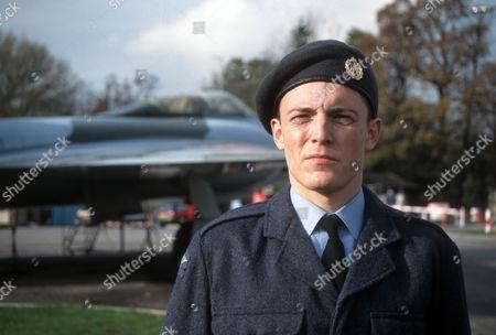 Lee Whitlock as Stanley Moon