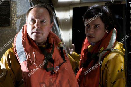 Dr Gordon Ormerod (Robert Daws) and Dr Ralph Ellis (Neil McDermott)