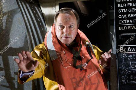 Dr Gordon Ormerod (Robert Daws)