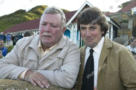 Jack Bell (Gareth Hale) and Alun Morris (Andy Wear)