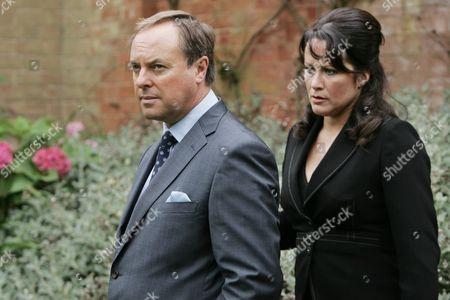 Dr Gordon Ormerod (Robert Daws) and Dr Jill Weatherill (Amy Robbins)