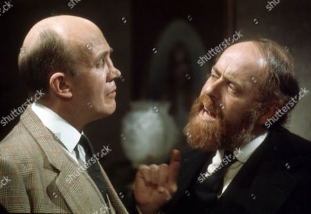 Kenneth Waller as Tadman and Clive Swift as Alfred E. Huggins