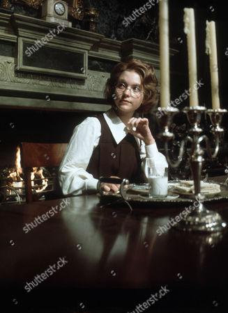 Judi Bowker as Midge Carne
