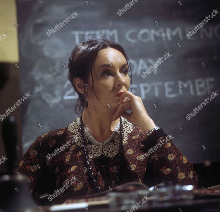 Ingrid Hafner as Dolores Jackson