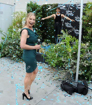 Lisa Swayze unveils her husband, Patrick Swayze's wax figure