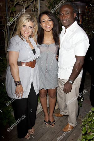 Stock Image of Dee Fearon, Stephanie Fearon and Phil Fearon