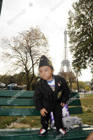 Editorial picture of Khagendra Thapa Magar, World's Shortest Man promotes the French edition of the book 'Big Book of the Unbelievable one 2012', Paris, France - 18 Oct 2011