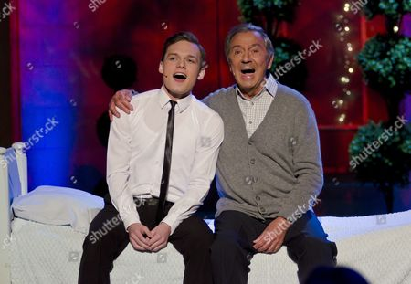 Editorial image of 'The Alan Titchmarsh Show' TV Programme, London, Britain - 19 Oct 2011