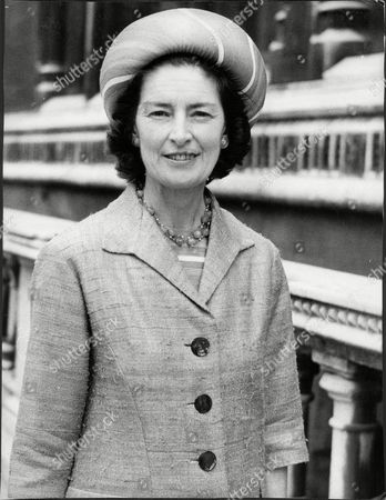 Stock Photo of Lady Bagot / Nancy Whitehead In London At Divorce Hearing 1972.